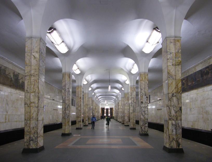 Станция Автозаводская, общий вид