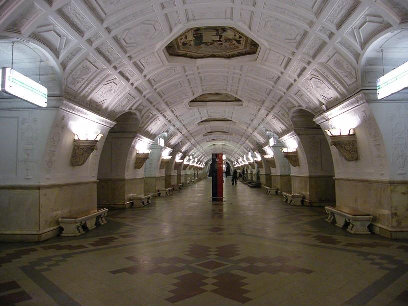 Станция Белорусская, центральный неф