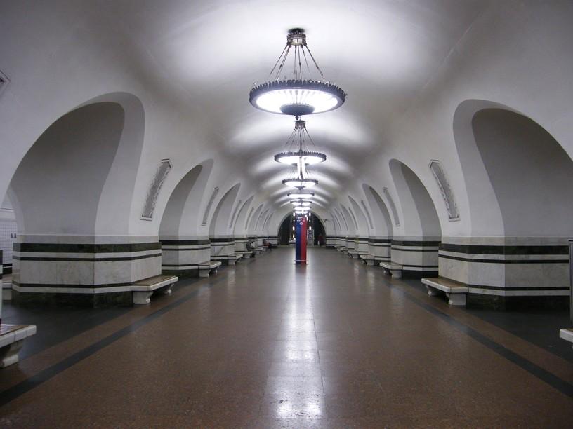 Станция Алексеевская, центральный неф