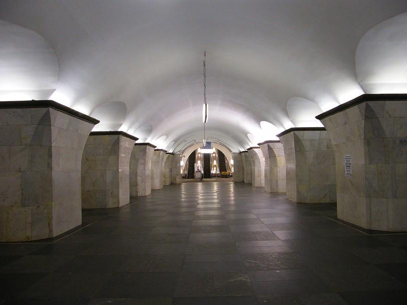 Станция Проспект Мира, центральный неф