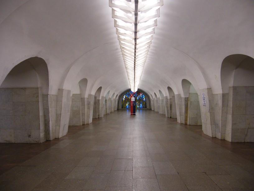 Станция Шаболовская, центральный неф