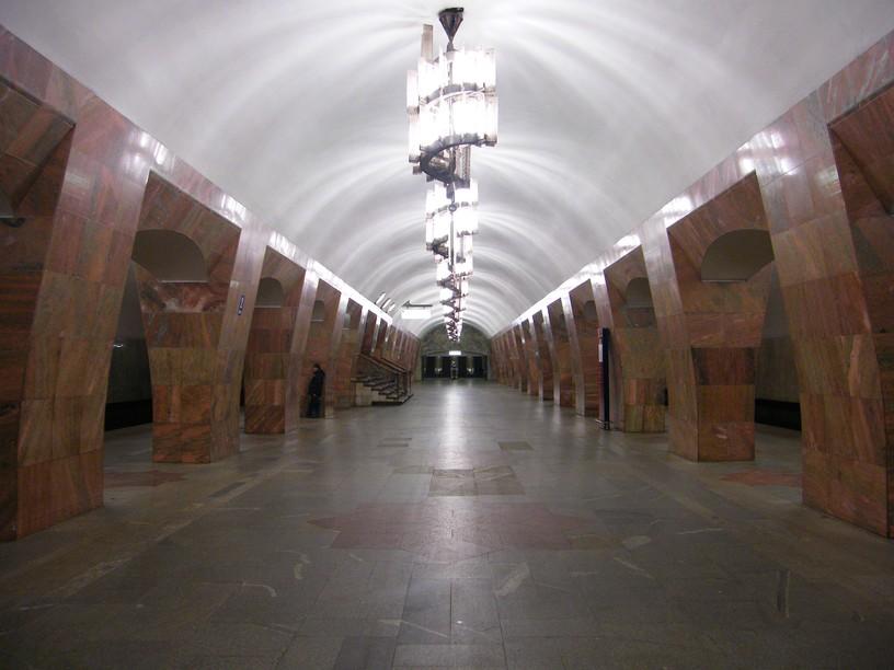 Станция Марксистская, центральный неф