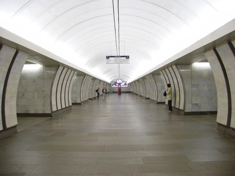 Станция Савёловская, центральный неф