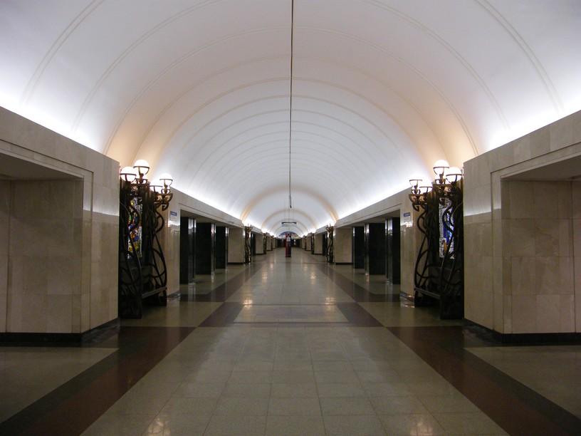 Станция Трубная, центральный неф