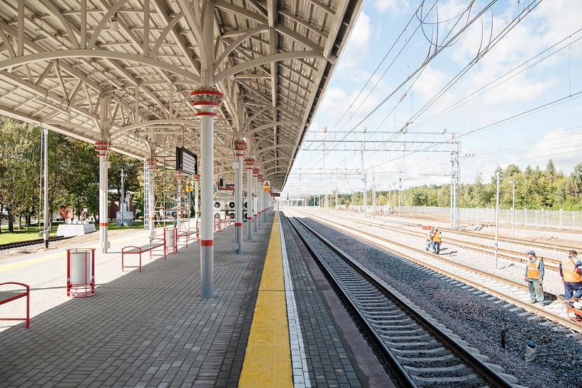 Станция Белокаменная, платформа