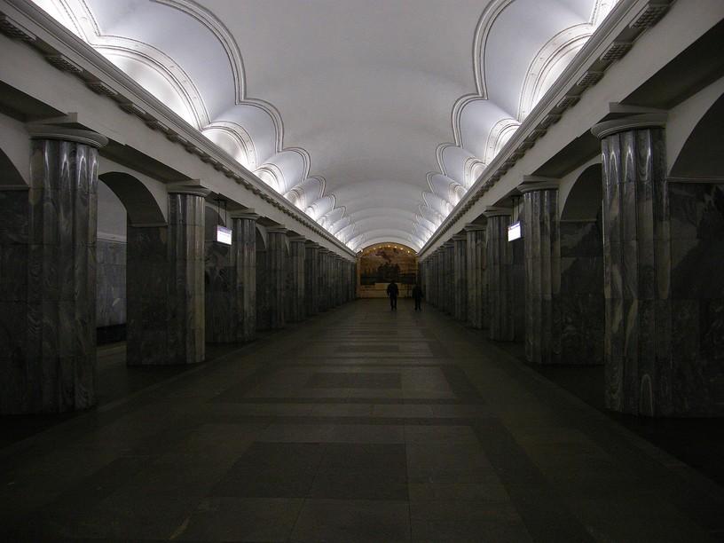 Станция Балтийская, центральный неф