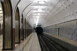 Станция Маяковская, боковой неф