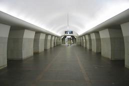 Станция Октябрьская, центральный неф