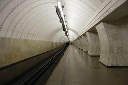Станция Чеховская, боковой неф