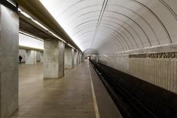 Станция Петровско-Разумовская, западный зал, боковой неф