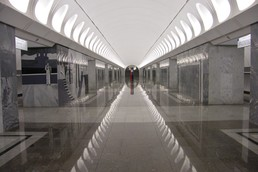 Станция Достоевская, центральный неф
