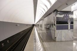 Станция Достоевская, боковой неф
