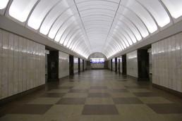 Станция Крестьянская застава, центральный неф