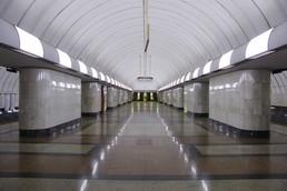 Станция Дубровка, центральный неф