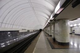 Станция Дубровка, боковой неф