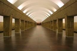 Станция Выборгская, центральный неф