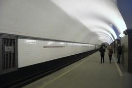 Станция Площадь Ленина, боковой неф