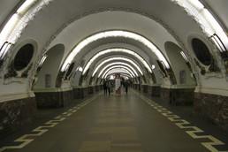 Станция Площадь Восстания, центральный неф
